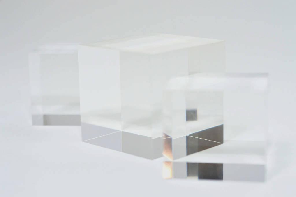 Polierte Würfel aus Acrylglas